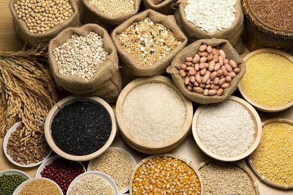 Trẻ em đang trong độ tuổi phát triển cần cung cấp đầy đủ tinh bột và ngũ cốc để có nhiều năng lượng cho quá trình tăng trưởng và phát triển.