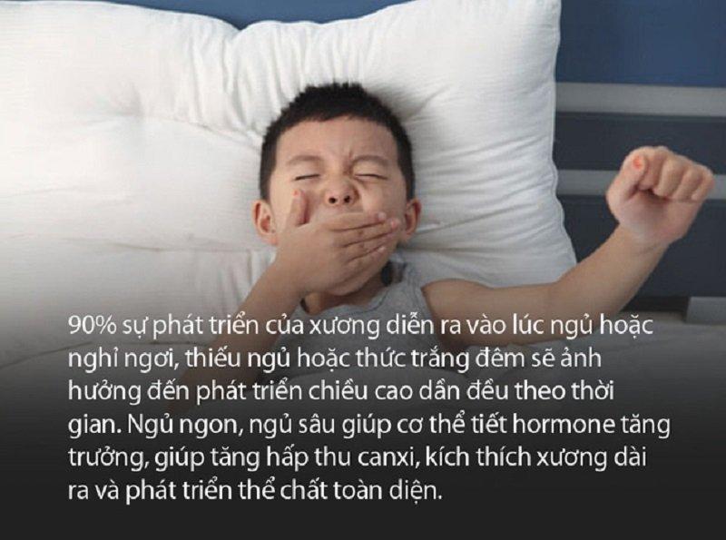 Ngủ sớm, đủ và sâu giấc giúp trẻ tăng chiều cao tốt hơn