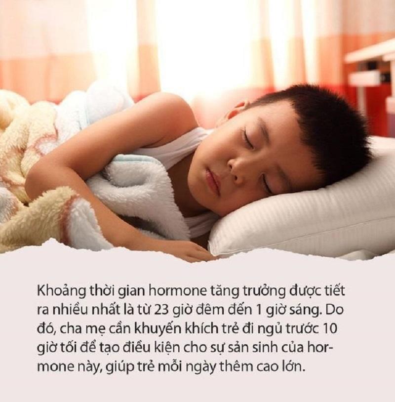 Ngủ sớm và sâu giấc giúp trẻ phát triển chiều cao tốt hơn