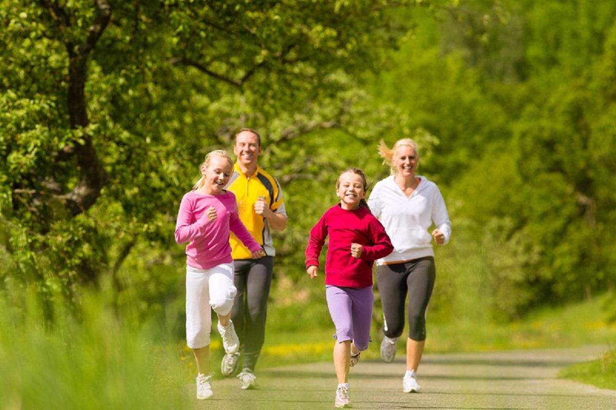 tập thể dục là vô cùng quan trọng để phòng ngừa loãng xương ở người trẻ tuổi