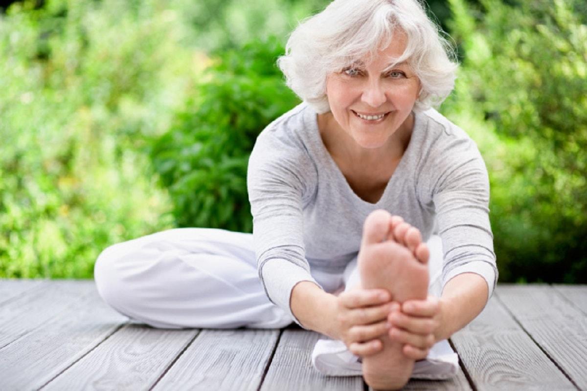 yoga là bài tập thể dục tốt cho loãng xương